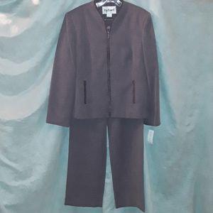 Rafael women's wister pants suit